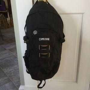 Excellent Condition CamelBak Cloud Walker Daypack